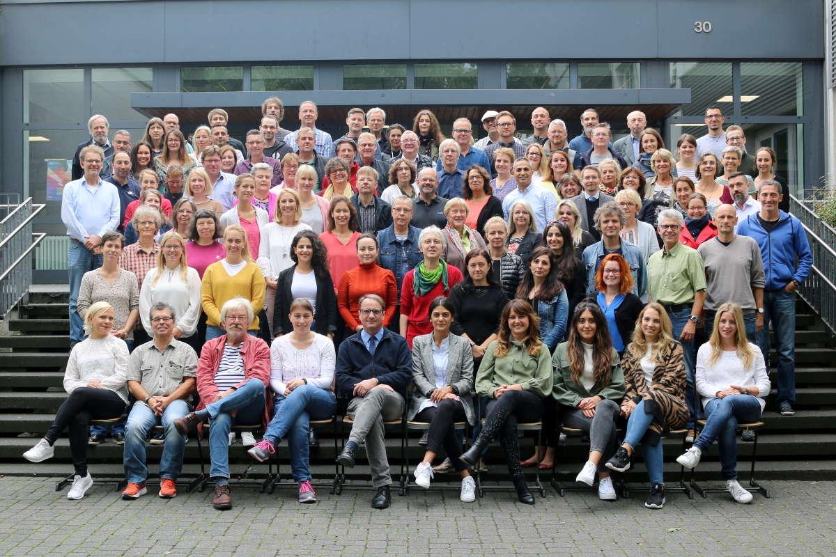 Das Kollegium der Gesamtschule Meiderich zu Beginn des Schuljahrs 2019/20